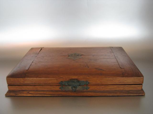 Mooie Houten Box.6 Theelepels En Suikertang In Mooie Houten Doos Divers Klein